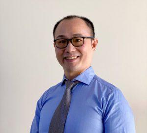 Dr Dennis Huang